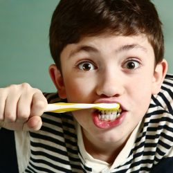 brosser-dent-enfant